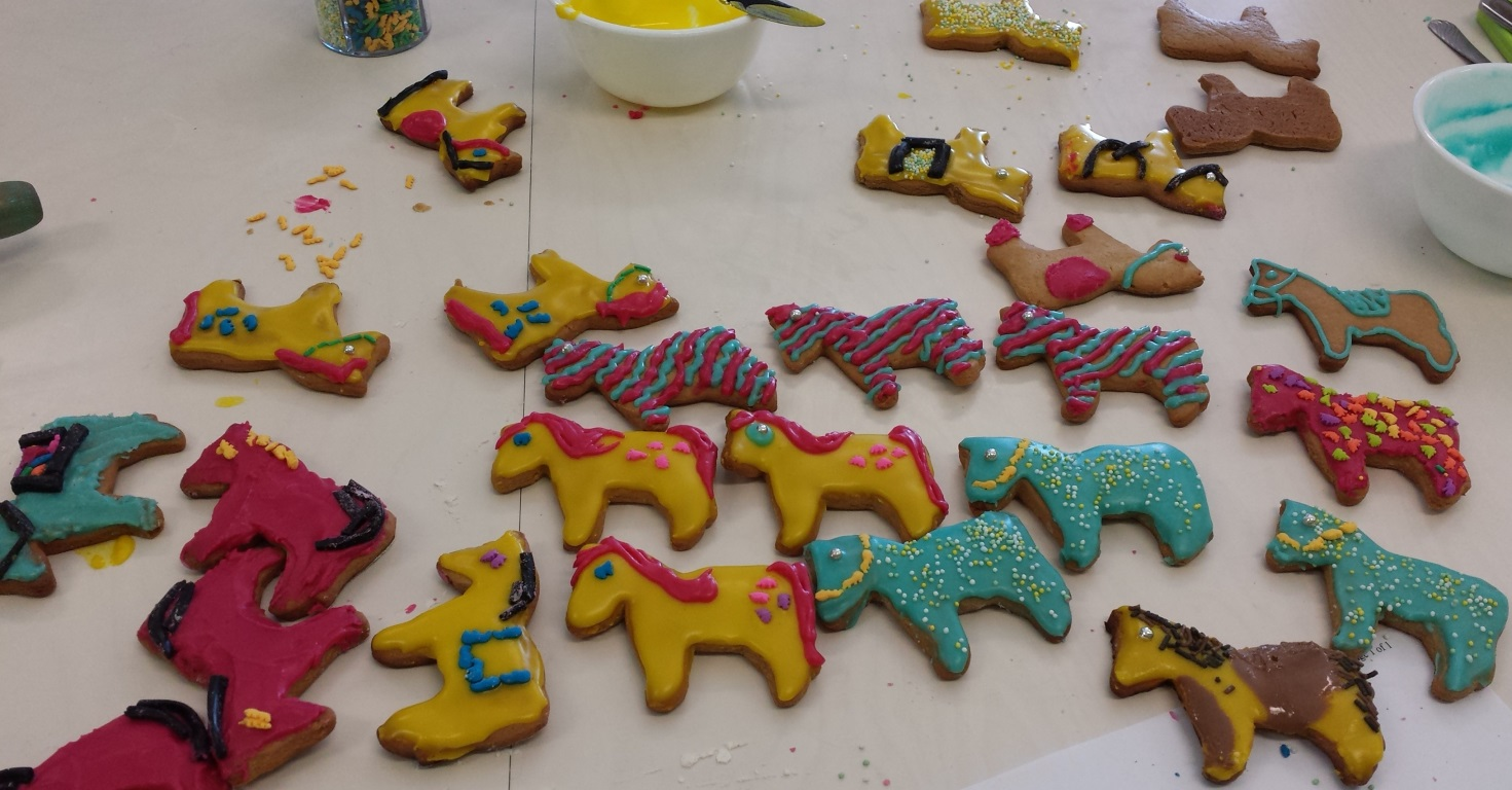 gingerbread-horses-done